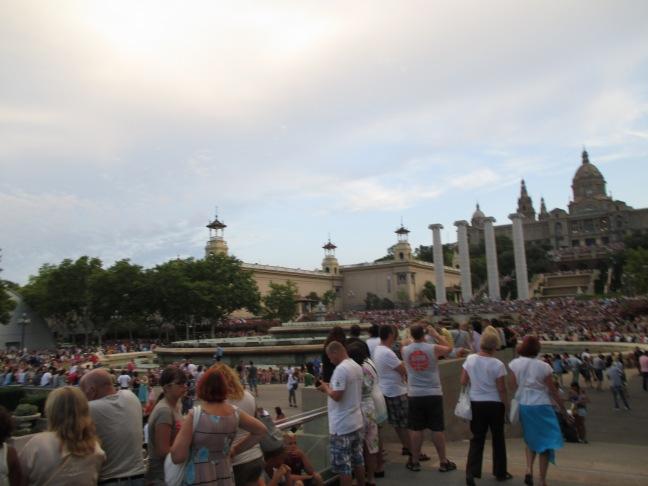 Palazzo Reale. Aspettiamo che inizi lo spettacolo della Fontana Magica